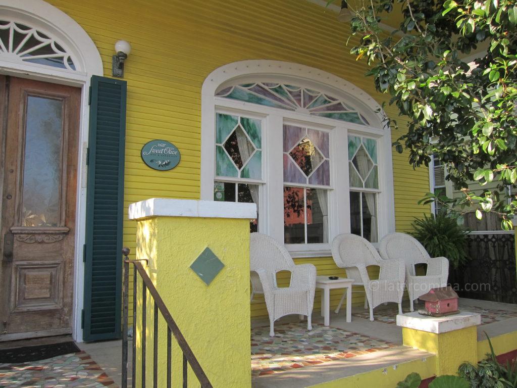 Front entrance, Auld Sweet Olive.